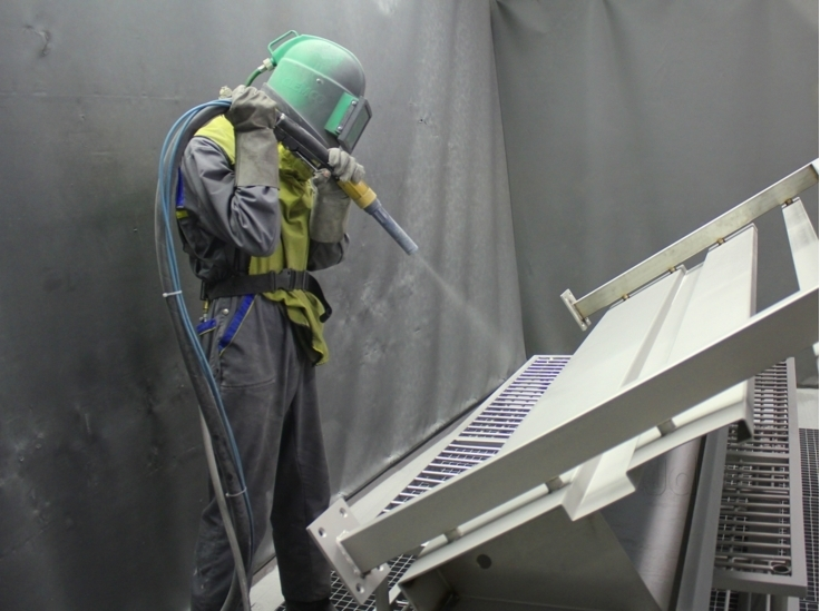 The Benefits of Dustless Blasting